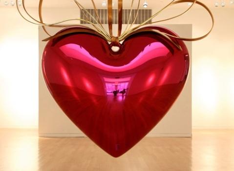 koons hanging heart